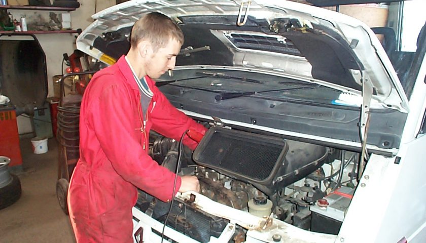 DIY Car Reconditioning Tips